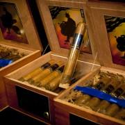 cigar01_00