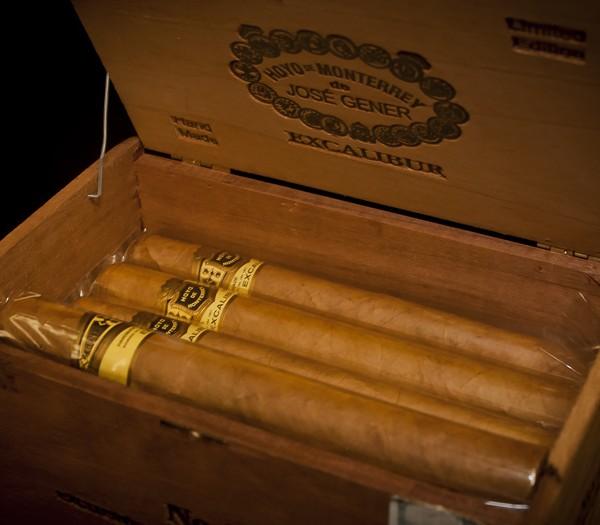 cigar12_00